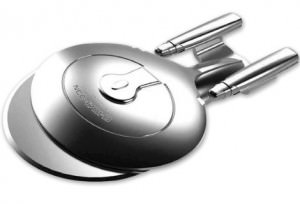 Star-Trek-The-Next-Generation-Pizza-Cutter-Enterprise-NCC-1701-D-0-470x320.jpg